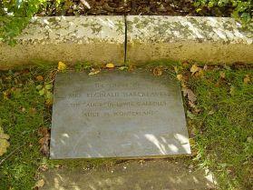 Alice-liddell-grave